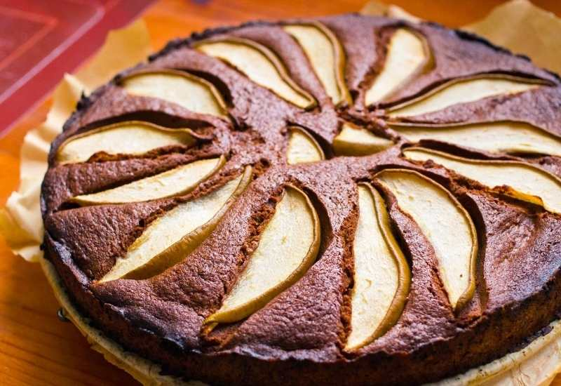 Omas würziger Schoko-Birnen-Kuchen