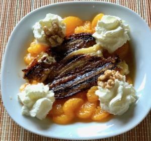 Dessert mit Bananen und Mandarinen