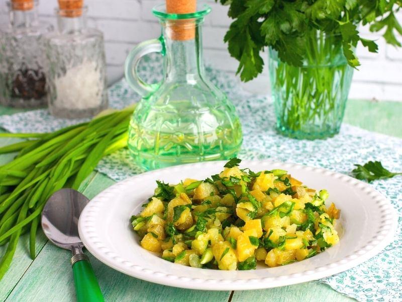 Marinierter Kartoffelsalat mit Kräutern 1