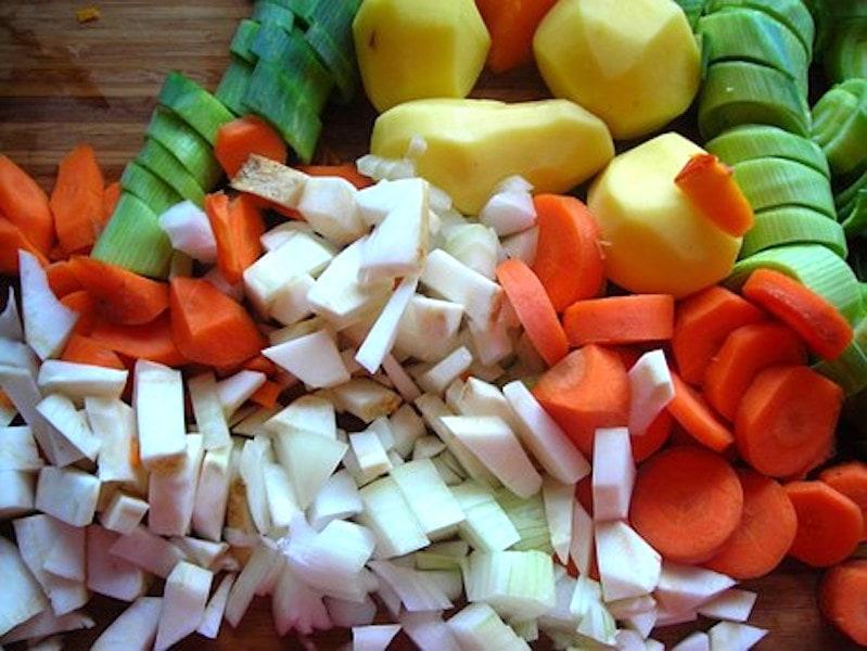 Suppengemüse für Linsensuppe