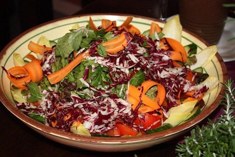Fruchtiger Rot-Weiß-Salat