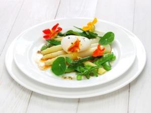 Spargelsalat-eier