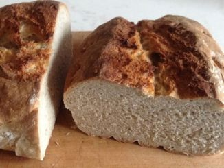 Brot gebacken