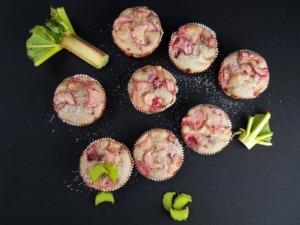 Unvergleichliche Rhabarber-Himbeer-Muffins