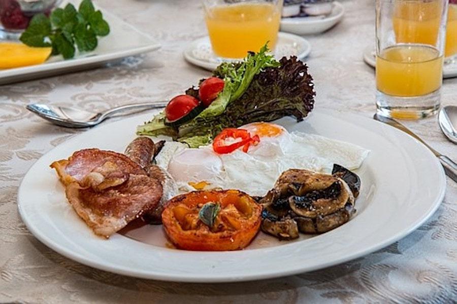 Pochierte Eier – für preiswerte Gerichte