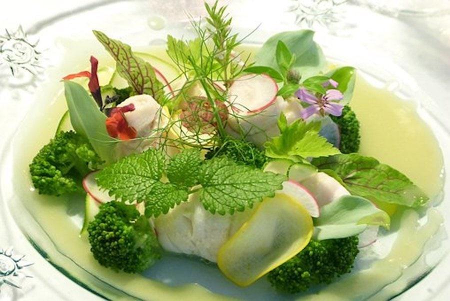 Salat mit Brennnesseln