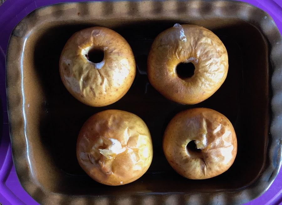 Honigäpfel gebacken