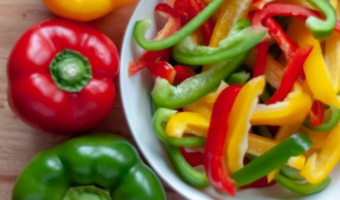 Paprika-salat-bunt