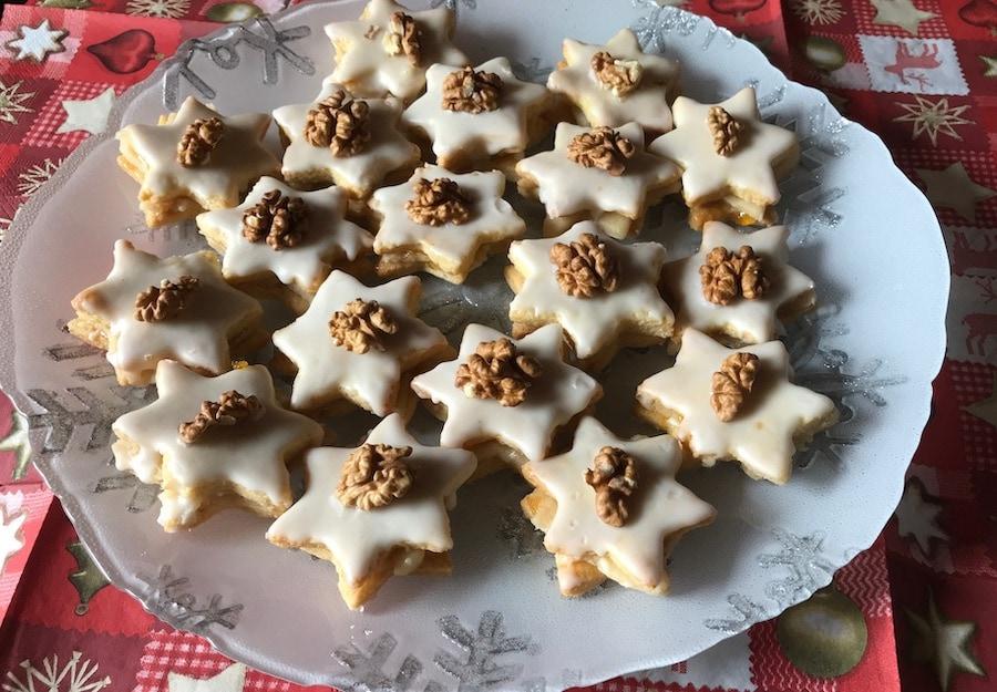 Kekse gefüllt