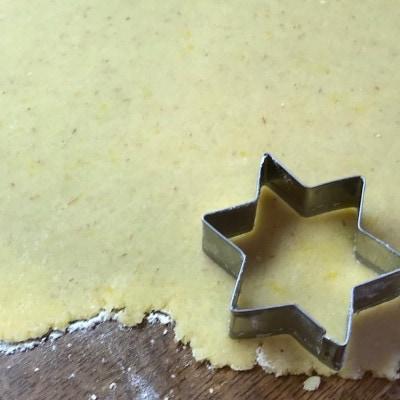 Marzipan ausstechen