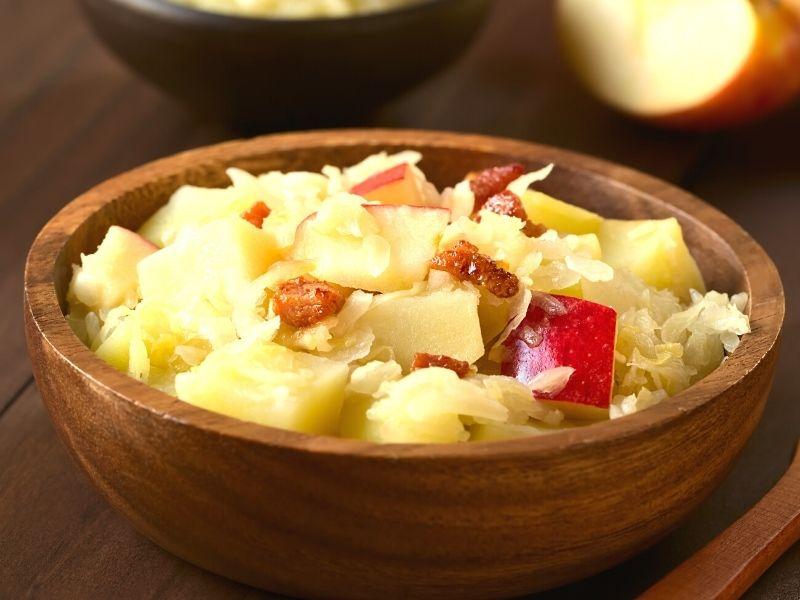 Omas liebster Sauerkrautsalat 1
