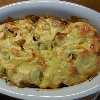 Kartoffelgratin fertig n der Schale