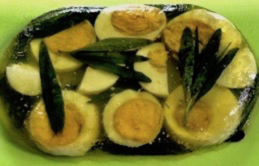 Estragon-Eier in Aspik – nach Omas vegetarischem Rezept