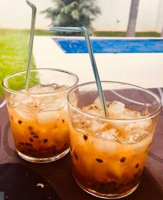 Ipanema Cocktail mit frischen Maracuja