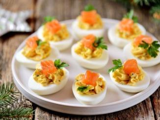 Gefuellte-eier-mit-lachs-rezept
