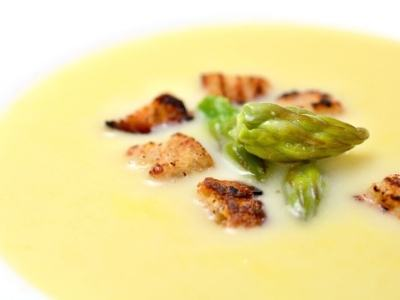 Spargelrsuppe-croutons