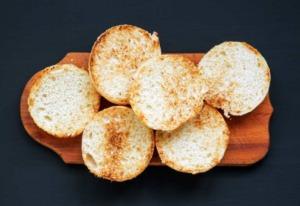Weiche Milchbrötchen-Toasties, glutenfrei