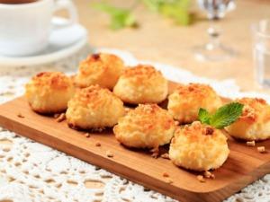 Schnelle Kokosmakronen mit Honig