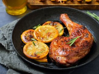 Hähnchen-grill-beine-zitronen